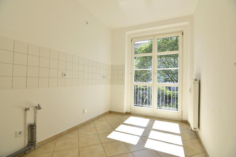 expos zweiraumwohnung in chemnitz hilbersdorf. Black Bedroom Furniture Sets. Home Design Ideas