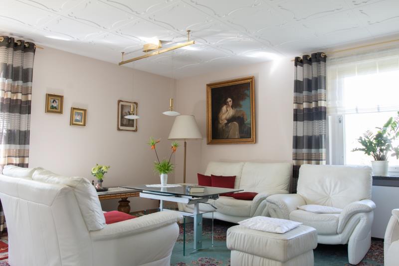 expos kaufpreis auf anfrage sehr sch nes efh mit. Black Bedroom Furniture Sets. Home Design Ideas