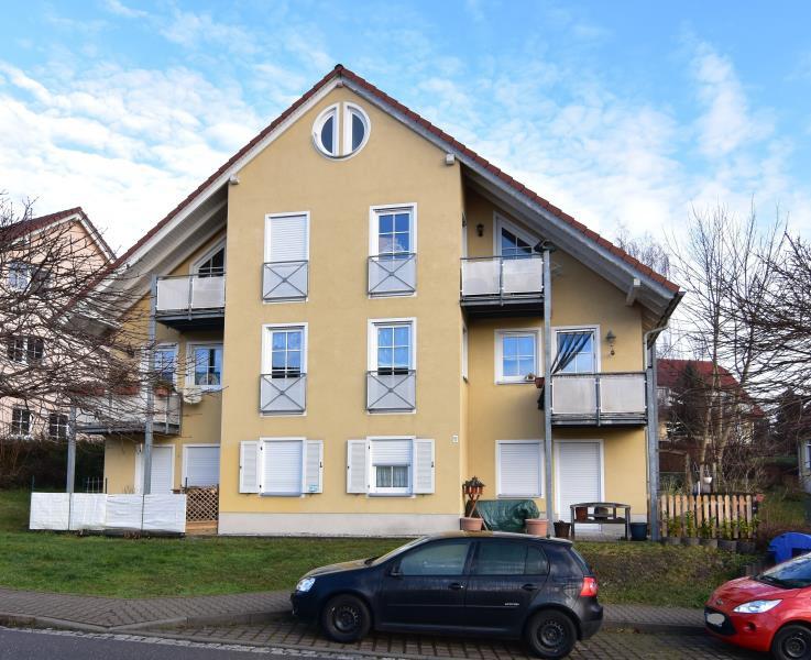 expos gem tliche kleine eigentumswohnung in burkhardtsdorf. Black Bedroom Furniture Sets. Home Design Ideas