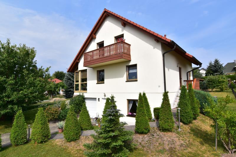 expos einfamilienhaus in chemnitz kleinolbersdorf altenhain. Black Bedroom Furniture Sets. Home Design Ideas